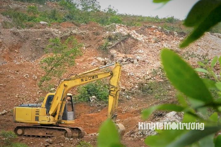 Sau 4 tháng vẫn chưa có kết luận vụ khai thác thạch anh trái phép tại Hà Tĩnh - Ảnh 3