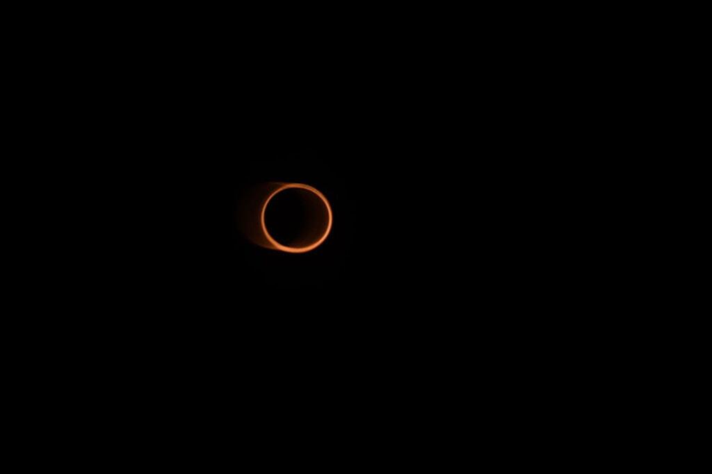 Những vòng lửa tuyệt đẹp trong nhật thực hình khuyên -0
