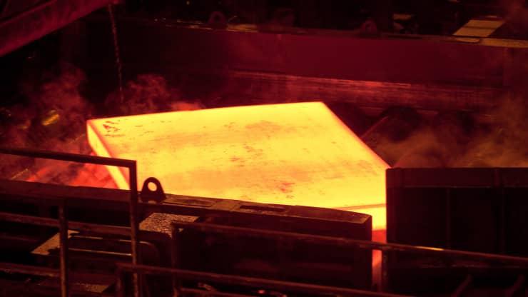 Lần đầu tiên, thép được sản xuất mà không sử dụng nhiên liệu hóa thạch - Ảnh 1