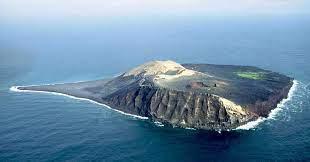 Núi lửa ngầm sục sôi và phun trào giữa đại dương: Sự thú vị của những nghịch lý - Ảnh 4