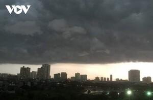 Thời tiết ngày 12/9: Mưa dông, gió giật mạnh ở Bắc bộ và Thanh hóa