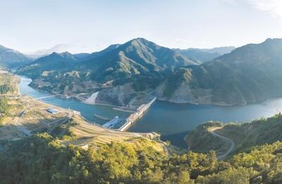 Cơn khát thủy điện: Được và mất
