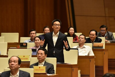 Đại biểu Quốc hội tranh luận nảy lửa việc 'điều tra sai sót của SGK'