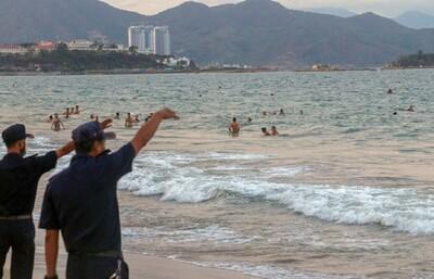 Bão số 12 chưa đổ bộ, bão số 13 lại sắp hình thành trên Biển Đông