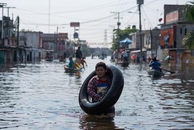 Mưa lớn gây ra lũ lụt nghiêm trọng tại Mexico và Mỹ
