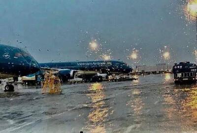 Tạm dừng khai thác 5 sân bay miền Trung do ảnh hưởng bão số 13