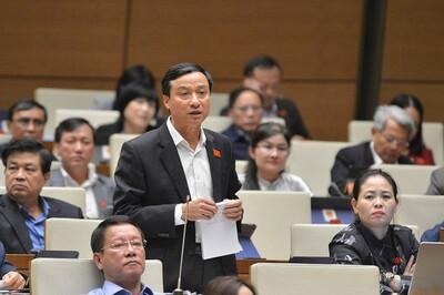 Nhiều đại biểu Quốc hội không đồng tình tách Luật Giao thông đường bộ