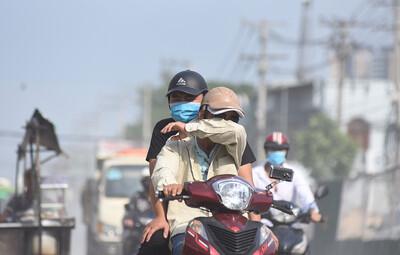 Hà Nội ra công văn 'hỏa tốc' yêu cầu ứng phó với ô nhiễm không khí