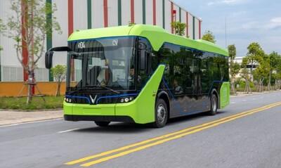 Các sở, ngành TP.HCM ủng hộ thí điểm xe buýt điện