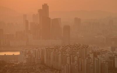 Hàn Quốc chìm trong bụi vàng, ban bố cảnh báo bão cát