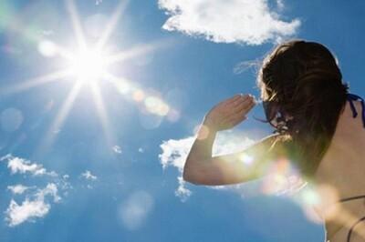 Cách giảm tác hại của tia UV trong ngày nắng gắt