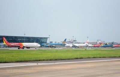 Cục Hàng không Việt Nam đề xuất bỏ trần giá vé máy bay nội địa