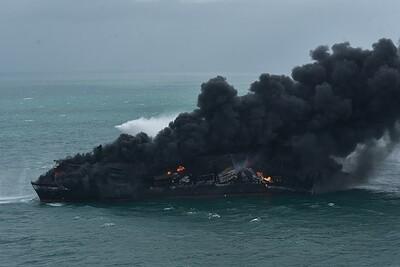 Sri Lanka đối mặt với ô nhiễm môi trường do cháy tàu chở hàng