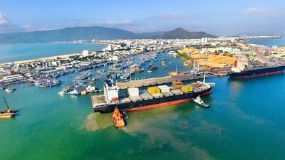 Phát triển 'cảng biển xanh' là xu hướng trong tương lai