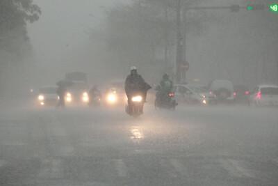 Áp thấp nhiệt đới gây mưa lớn khu vực Bắc Bộ