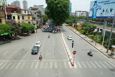 Cảnh báo tình trạng sốc nhiệt do nắng nóng tại Hà Nội ngày 26/7