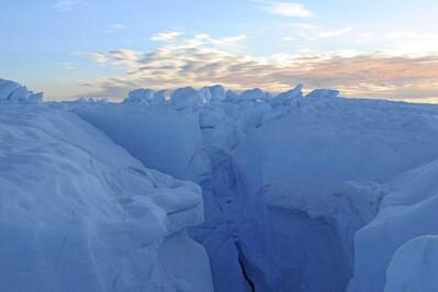 Băng khổng lồ tan nhanh kỷ lục trong 12.000 năm qua