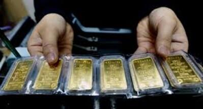Giá vàng 23/8: Kém hấp dẫn hơn khi giá USD vẫn ở ngưỡng cao