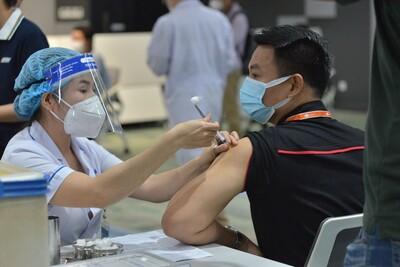 Đơn vị nào xảy ra tiêu cực trong tiêm vaccine Covid-19 sẽ phải chịu trách nhiệm trước pháp luật