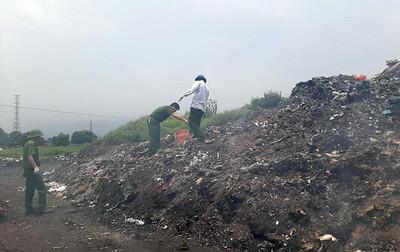 Vĩnh Phúc: Yêu cầu xử lý nghiêm tình trạng đốt chất thải nguy hại