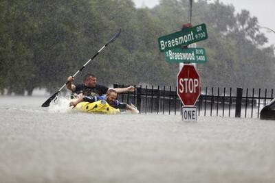 Những hình ảnh minh chứng về biến đổi khí hậu khiến thiên tai khốc liệt hơn
