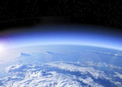 Nguyên nhân nào dẫn đến thủng tầng Ozone?