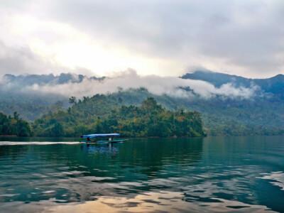 Độc đáo hồ nước ngọt tự nhiên lớn nhất Việt Nam