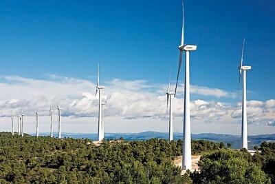 Đẩy nhanh các dự án giải tỏa công suất nguồn năng lượng tái tạo
