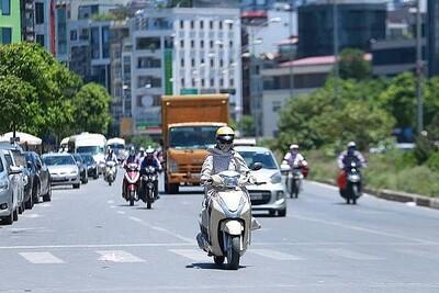 Nắng nóng gay gắt, chỉ số tia UV ở Hà Nội và Đà Nẵng ở mức gây hại cao