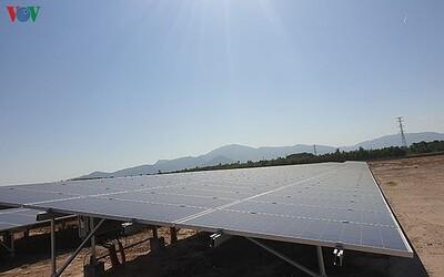 Tư nhân khó 'dấn thân' vào năng lượng tái tạo vì thiếu cơ chế