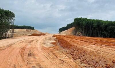 Điều chỉnh các bãi thải để phục vụ thi công dự án cao tốc Cam Lộ - La Sơn