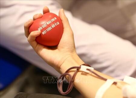 Hiến máu tại 'Mùa hè nhân ái'để 'giữ nhịp đập trái tim'