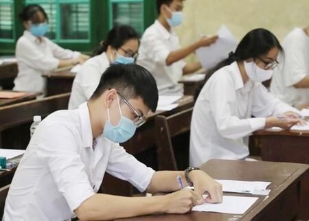 Hà Nội không tổ chức Kỳ thi tốt nghiệp THPT đợt 2, xét đặc cách cho thí sinh