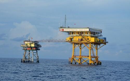 Nhà giàn DK1 - cột mốc chủ quyền trên vùng biển phía Nam